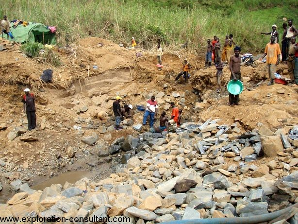 Artisanal gold mining site in a river south of Nizi, Provice Orientale